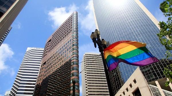Gay-Lesbian-Flag-City