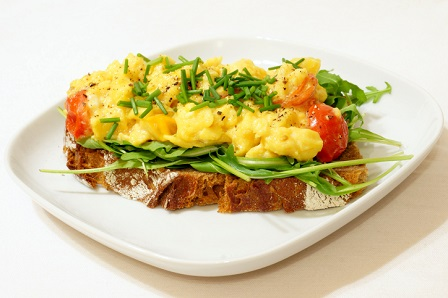Scrambled Eggs on Rye Bread